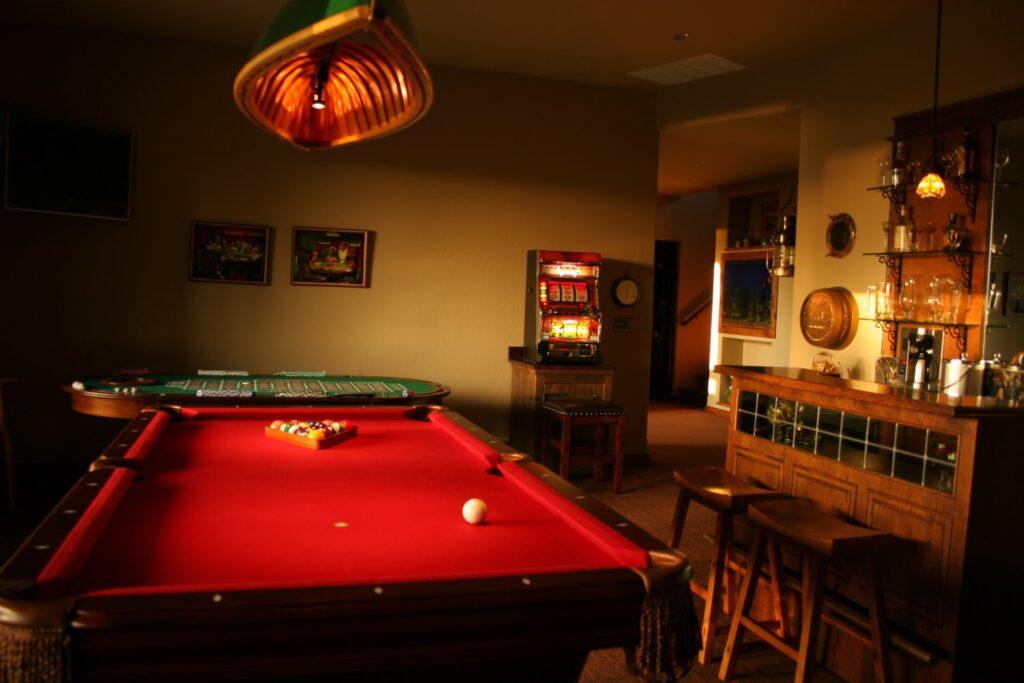 Pool game set in a bar