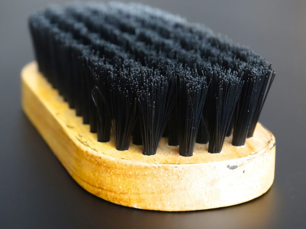 Pool table cleaning brush